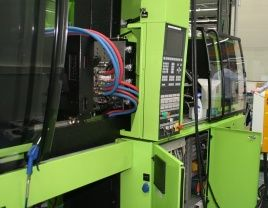 Injection moulding machine IAI actuators