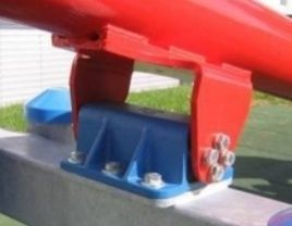 Playground equipment with Rosta suspension units