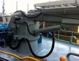 Torriani bunker crane oil tanker with slewing ring bearing