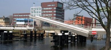Slider 1 ADE electromechanical actuator in Victory Bridge Alkmaar