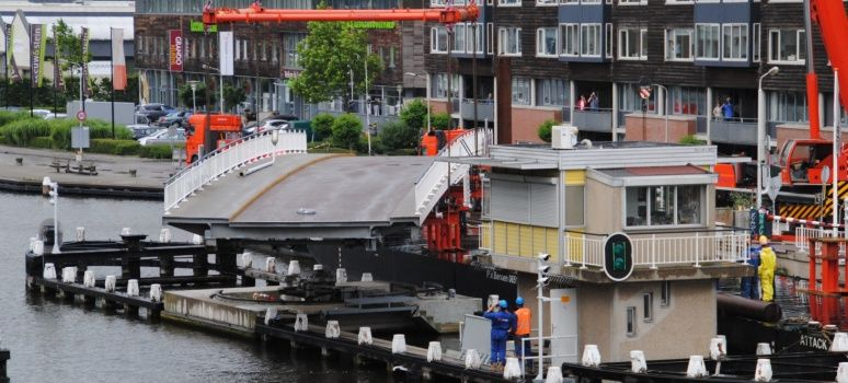 Abtswoudse Bridge Delft delivery