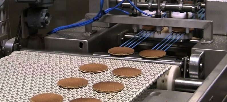 Dosing machine syrup waffles with Exlar roller screw servo actuators