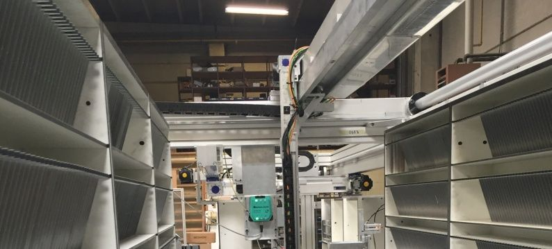 handling system warehouse diamonds with HSB linear units and Estun servo motors