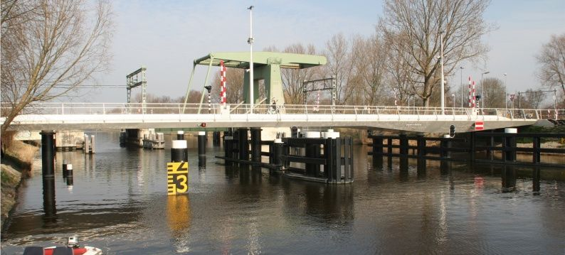 Slider 2 ADE electromechanical actuator in Victory Bridge Alkmaar